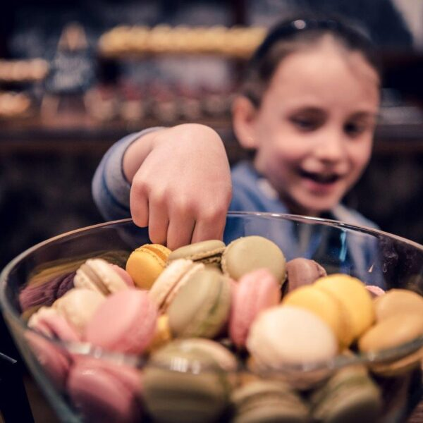 Marriott-Sunday-Brunch-dessert-buffet-children-Zurich-Marriott-Hotel-15