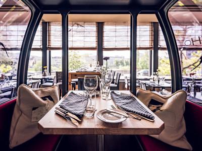 eCHo-Restaurant-Inside-Gondel-Zurich-Marriott-Hotel (4)